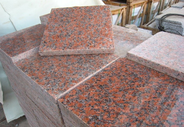 To clean tile vinegar and water floors 4 inch art deco tile for Vinegar on concrete floor