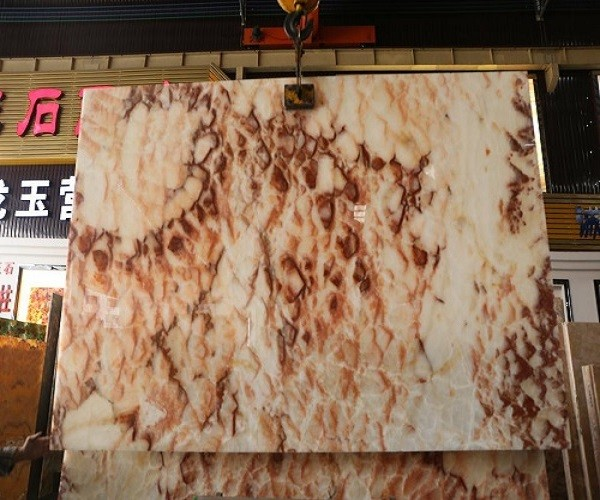 China Polished Yellow Onyx with Bubble Shape