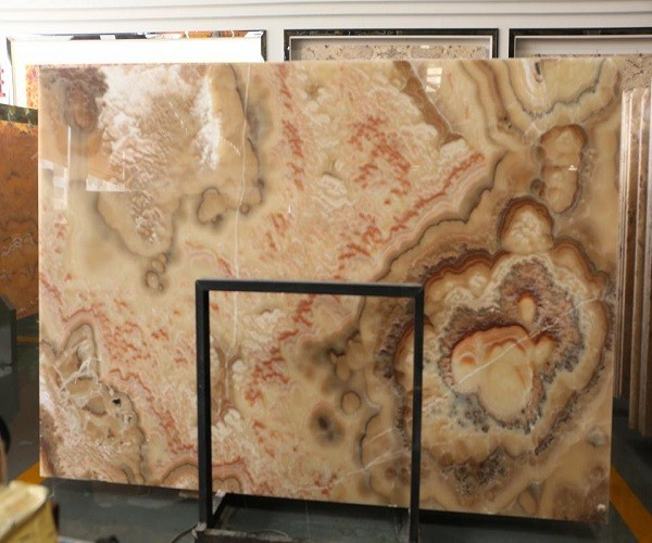 Natural Honey Onyx Slab with Bubble-Shaped