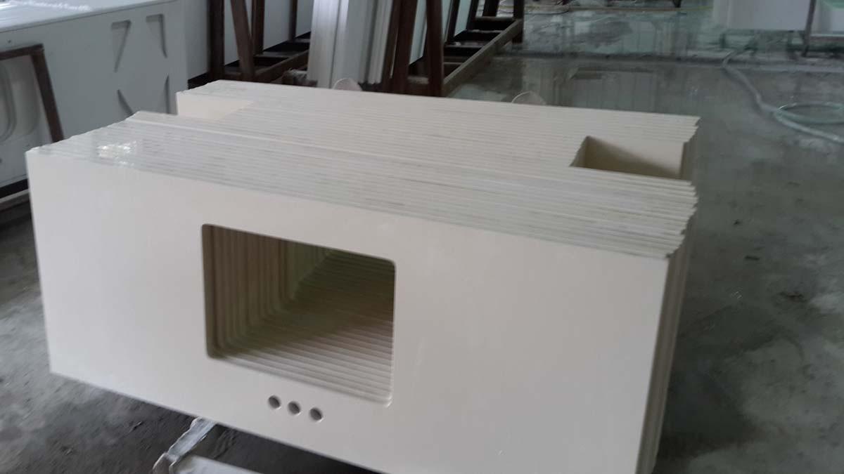 white granite countertopsfor kitchen cabinets